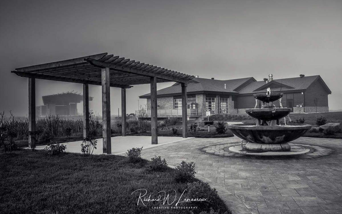 Modern Scenic Arts & Culture Pavilion